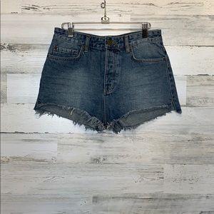 Amuse Society Shorts Size 27 Button Fly